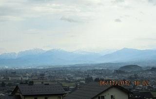 雨にけむる立山連峰