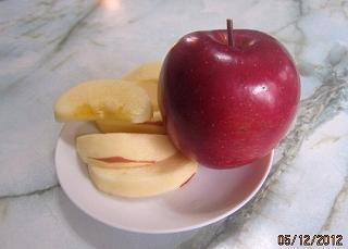 真紅のりんご