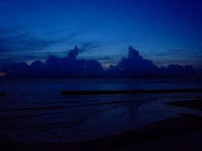 種子島の、夜海