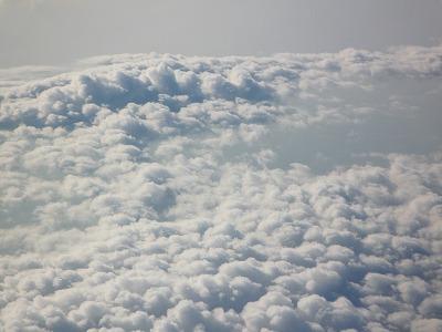 雲のかなたに・・