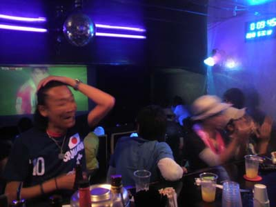 2010 ワールドカップ1日本VSパラグアイ1web