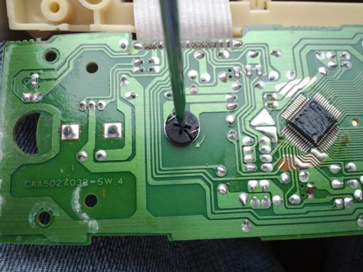 4月8日 エアコンコントロールスイッチ CN9A LED化