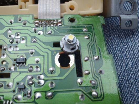 4月8日 エアコンコントロールスイッチ CN9A LED化 ②