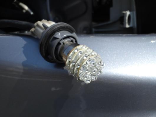 4月2日 コーナーマーカー LED 装着