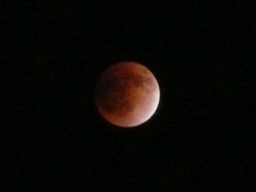 23:10頃 皆既月食