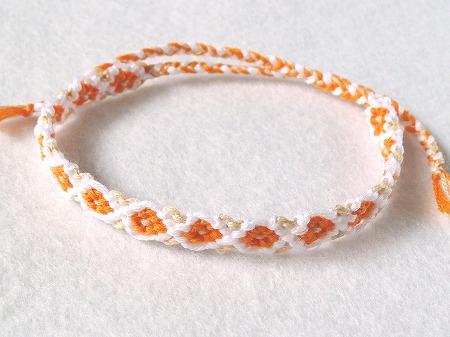 お花のミサンガ★オレンジ