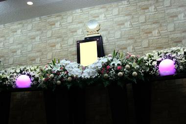 神式花祭壇2