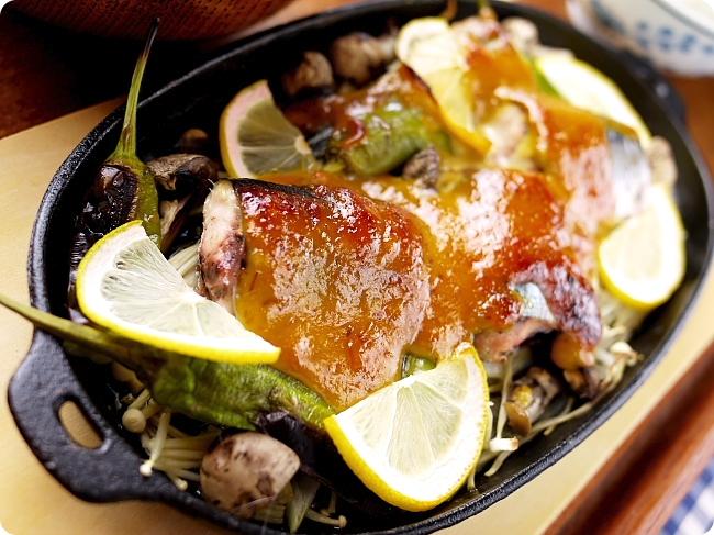 秋刀魚ときのこの味噌マヨタードグリル