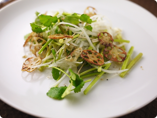 セリと大根のサラダ