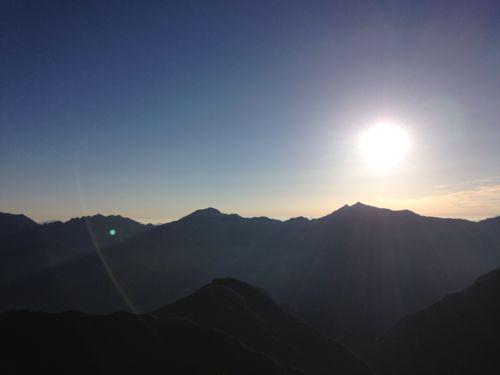 9鹿島槍から日が昇って