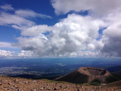 1一切経山からの吾妻小富士