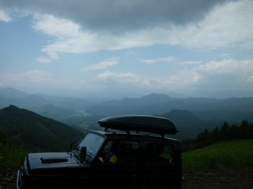 登山道より
