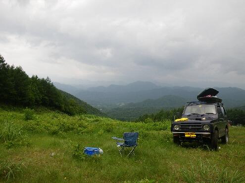 標高1600メートルの草原での休日