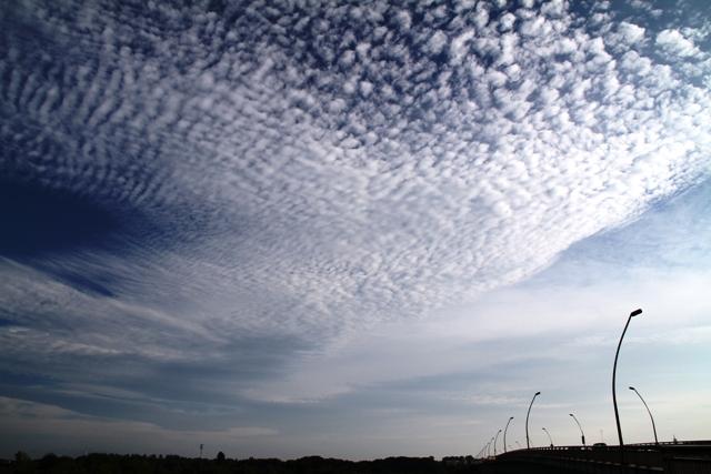 015きれいな雲