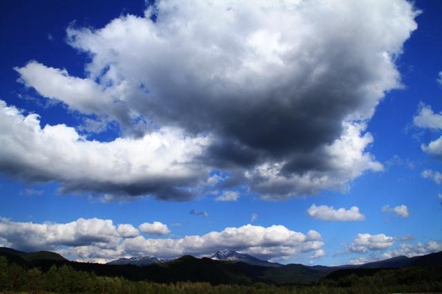 258旭岳と雲