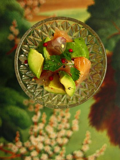 イサキとアボカドと柑橘のマリネ<br />