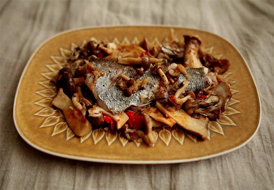黒ムツとキノコのドライトマト&アンチョビ&バター蒸し(トップ)