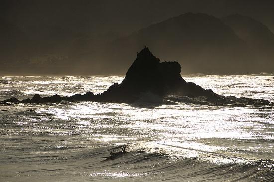光る海02