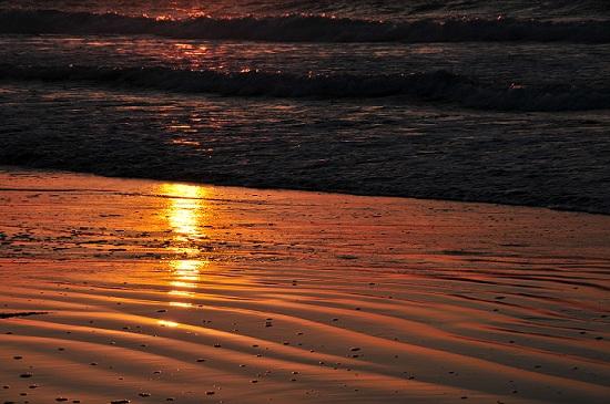 光る海11