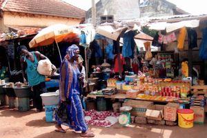 ビサウのマーケット