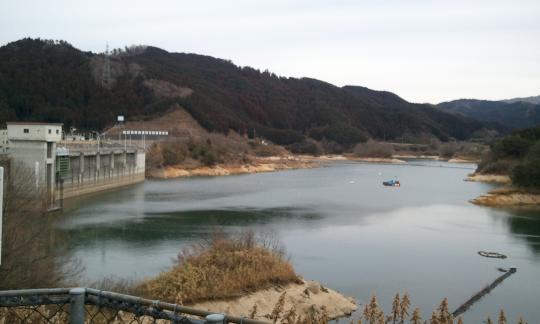 2011/2/20布目ダム2