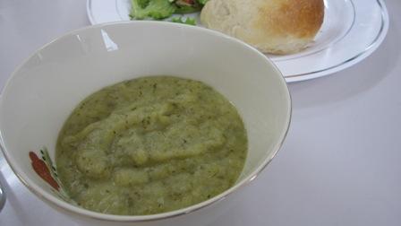 ねぎとポテトのスープ