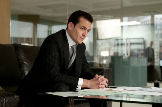 SUITS-USA-Identity-Crisis-Episode-8-4-550x364.jpg