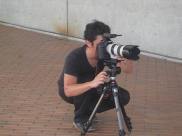 南井カメラマン