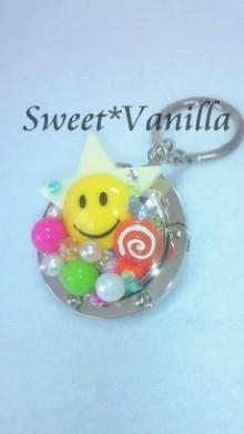 Sweet☆Vanilla-スマイリー 盛りデコ バッグハンガー