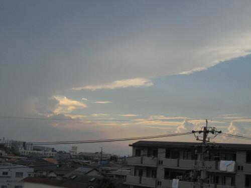 雲100905