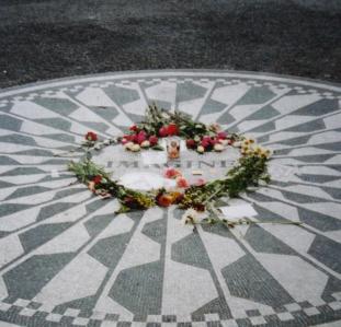 John_Lennon_convert.jpg