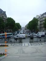 マドレーヌ寺院からコンコルド広場を望む