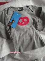bretzelTシャツ
