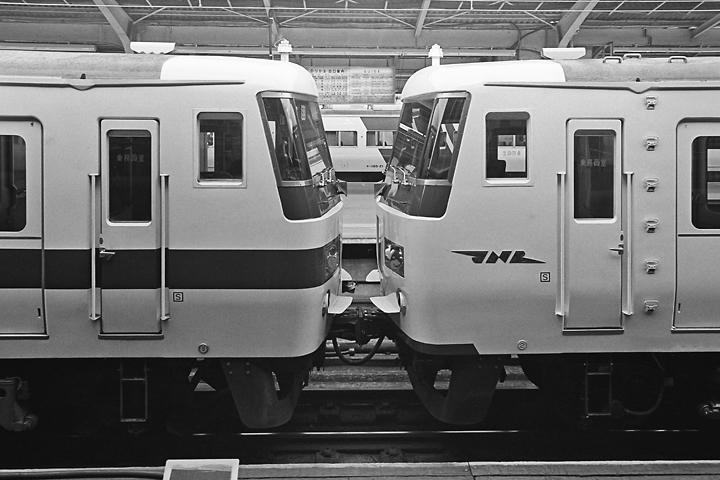 600403東京駅_特急踊り子2