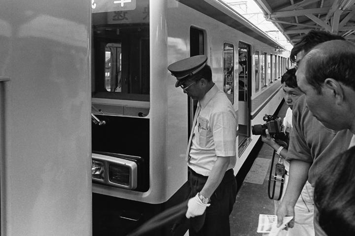 1986東武日光線下今市駅_併結シーン02