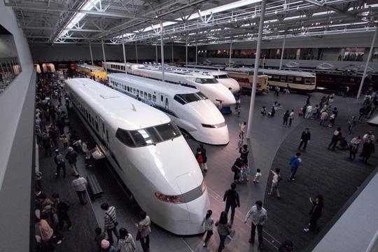 20110402_maglev_rail_park-05.jpg
