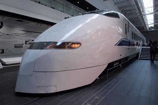 20110402_maglev_rail_park-20.jpg