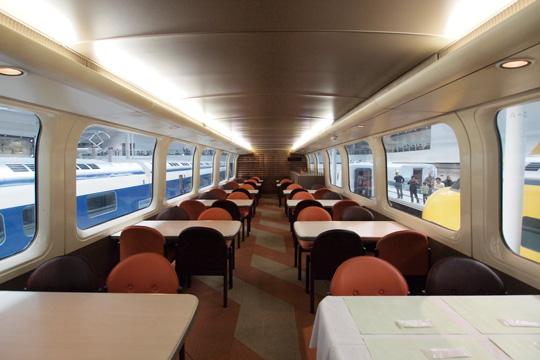 20110402_maglev_rail_park-54.jpg