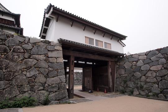 20110503_fukuoka_castle-05.jpg
