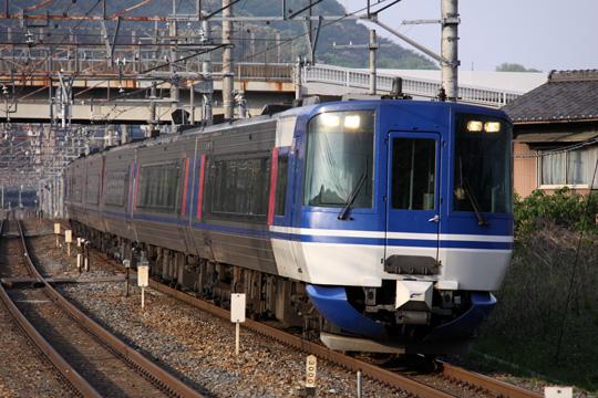 20110508_chizukyu_hot7000-01.jpg