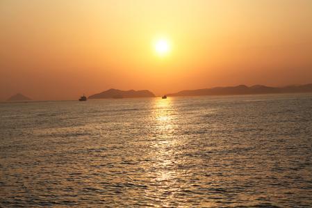 小豆島からのフェリーからみた夕焼け