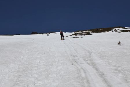 王滝頂上8合目付近のキツイ登り