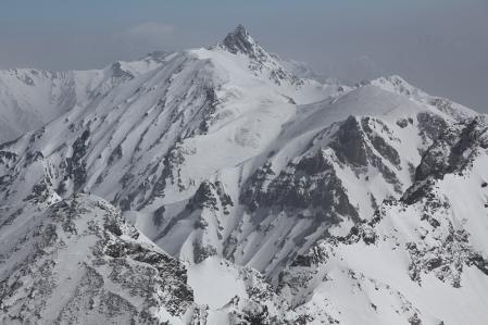 奥穂頂上から涸沢岳、槍ヶ岳を望む