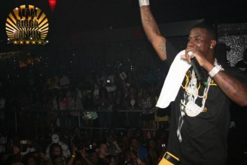 Hot Dollar- Ya Man (Ft. Gucci Mane  The Suppliers) (DJ)