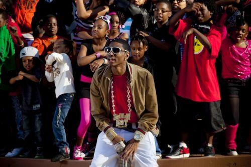 Soulja Boy Ft. Ray J #8211; Work It Out (prod. by Clinton Sparks)