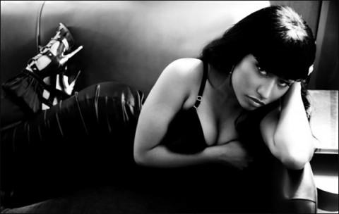 Nicki Minaj- Right Through Me [Tags]