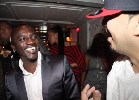 Akon#8211; Give It To Em (Ft. Rick Ross) (Mastered)