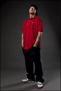 Eminem Featuring Rihanna