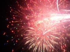 fireworks from ventura fair. ...i forgot to rotate this pict lol