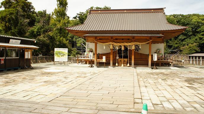 三柱神社本殿